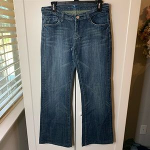 7 For All Mankind Cropped Signature 7 Jeans